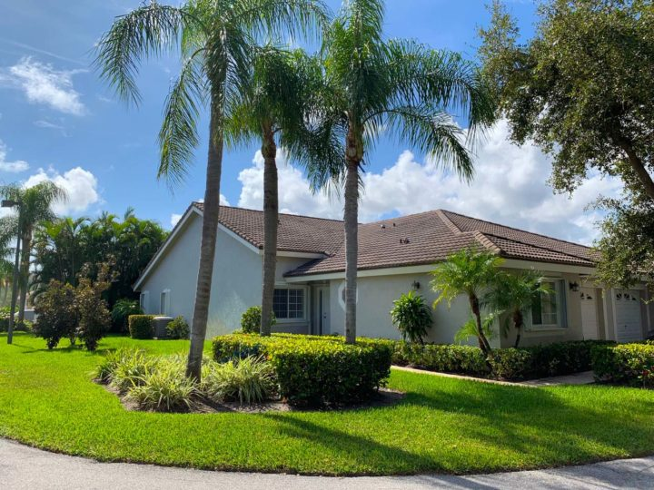 Residential landscaping in Boca Raton